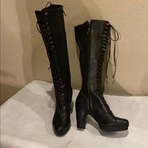 Kenneth Cole black knee high boots with laces Sz8